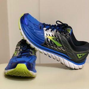Brooks shoes size 15